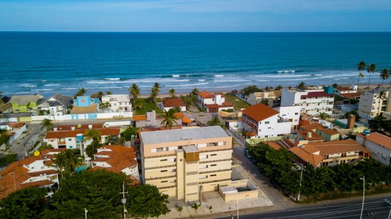 Bela Praia Flats